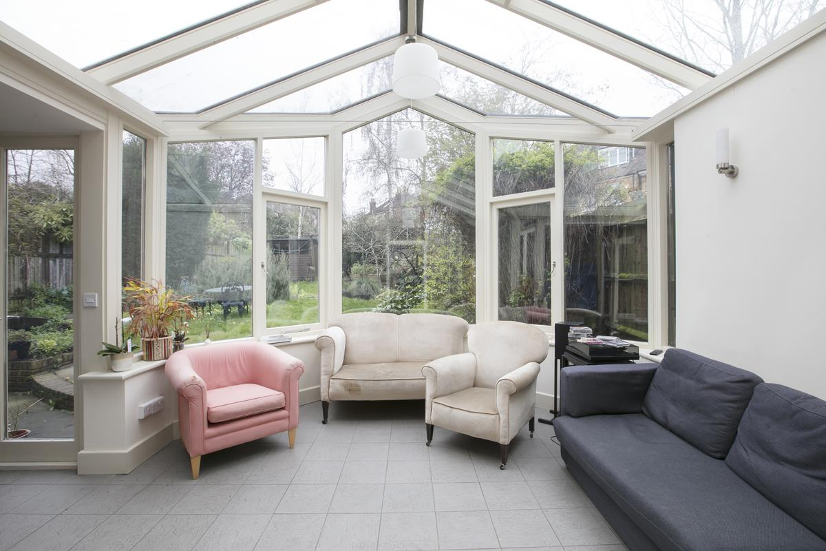 House - Semi-Detached For Sale in Perry Vale, SE23 302 view2