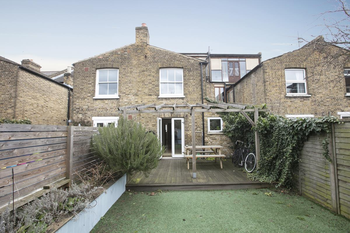 House - Terraced Sold in Rainbow Street, SE5 284 view14
