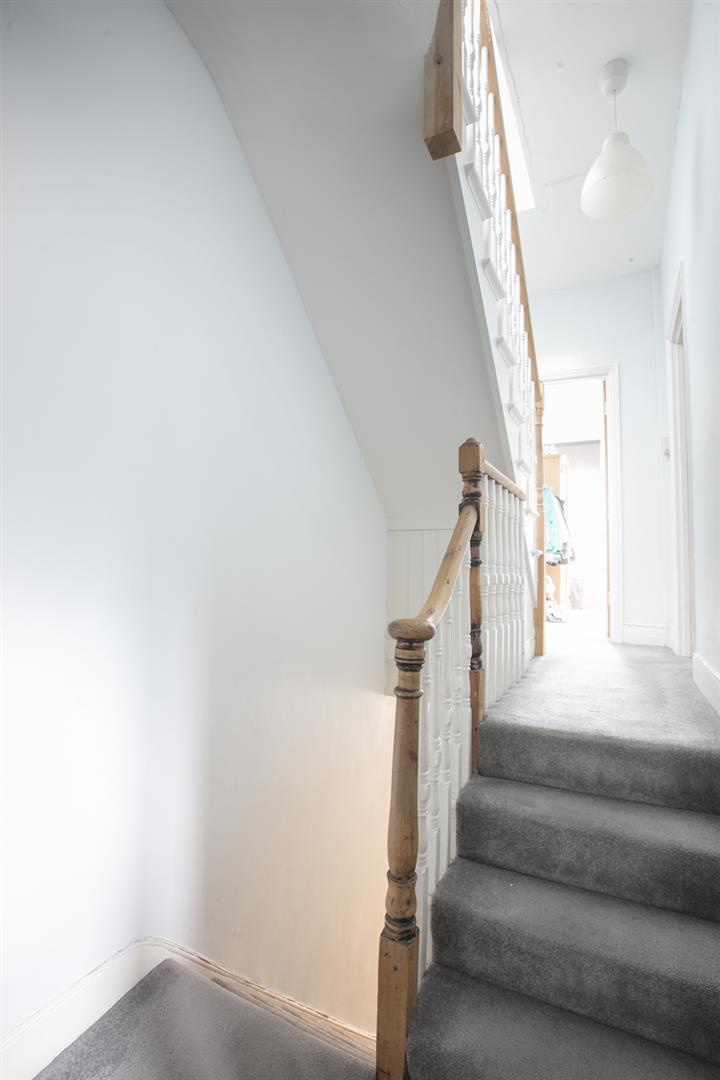House - Terraced Sold in Rainbow Street, SE5 284 view12