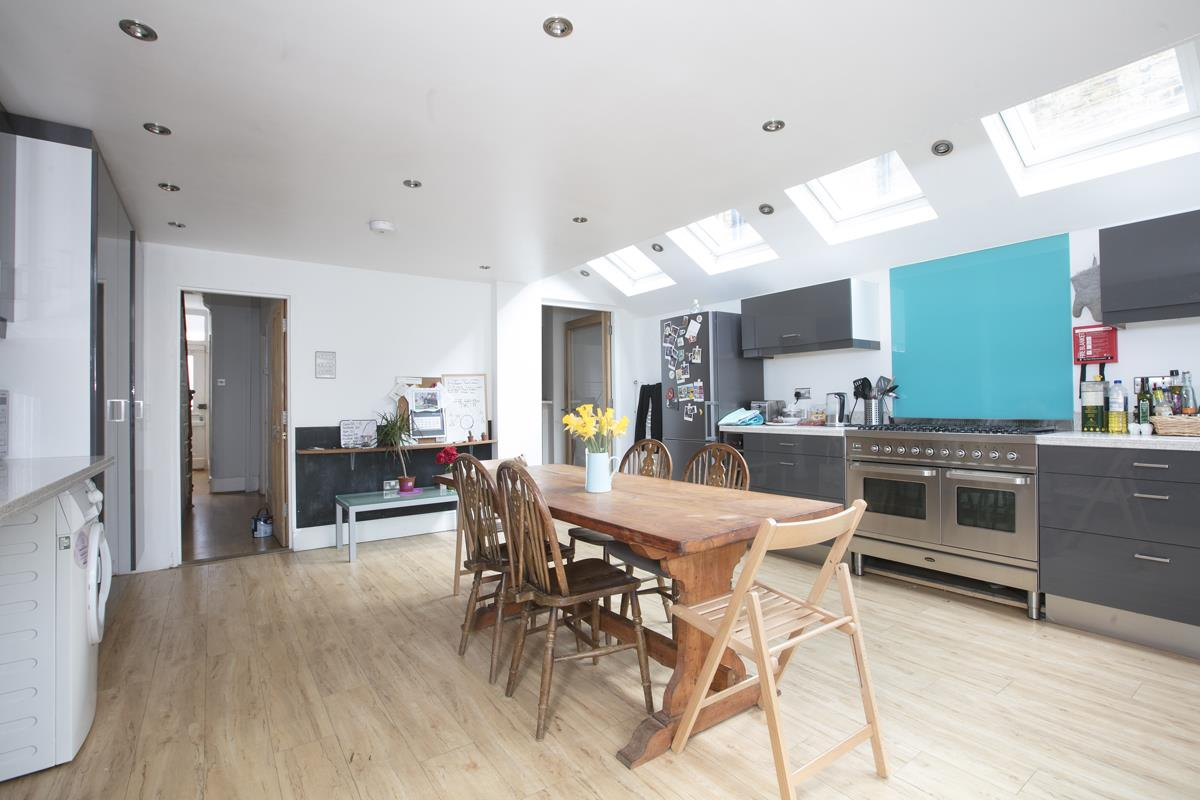 House - Terraced Sold in Rainbow Street, SE5 284 view6