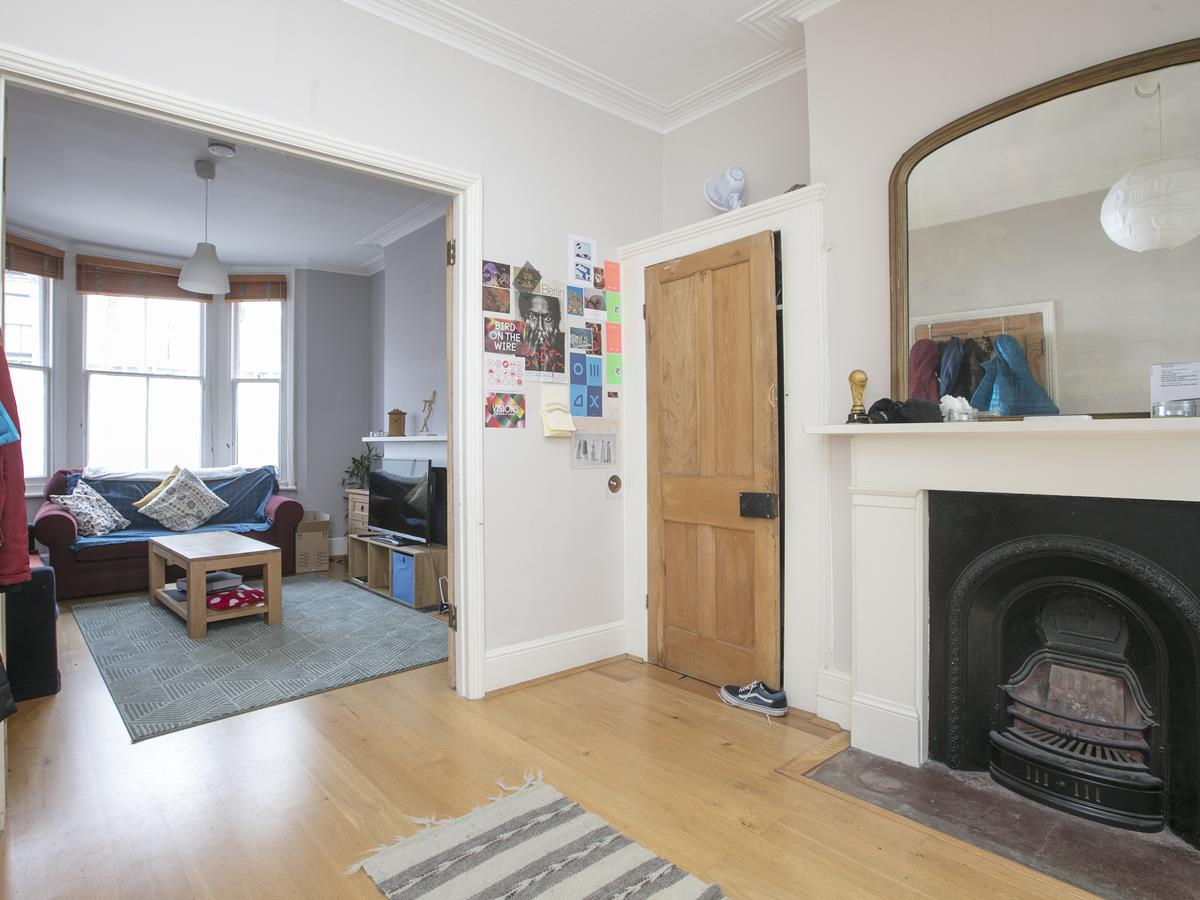 House - Terraced Sold in Rainbow Street, SE5 284 view4