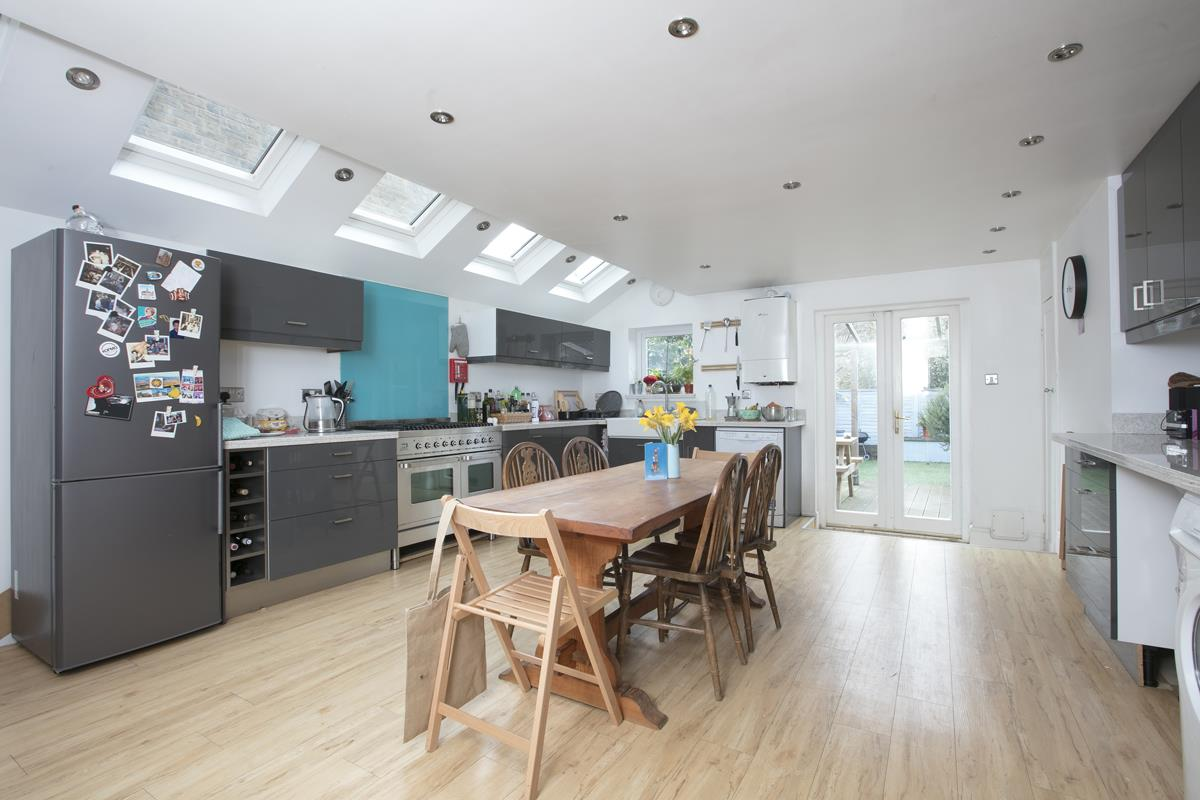 House - Terraced Sold in Rainbow Street, SE5 284 view2