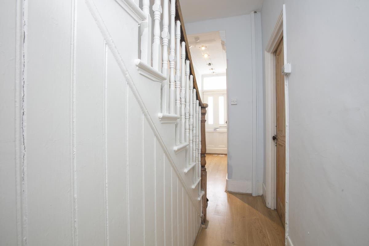 House - Terraced Sold in Rainbow Street, SE5 284 view7