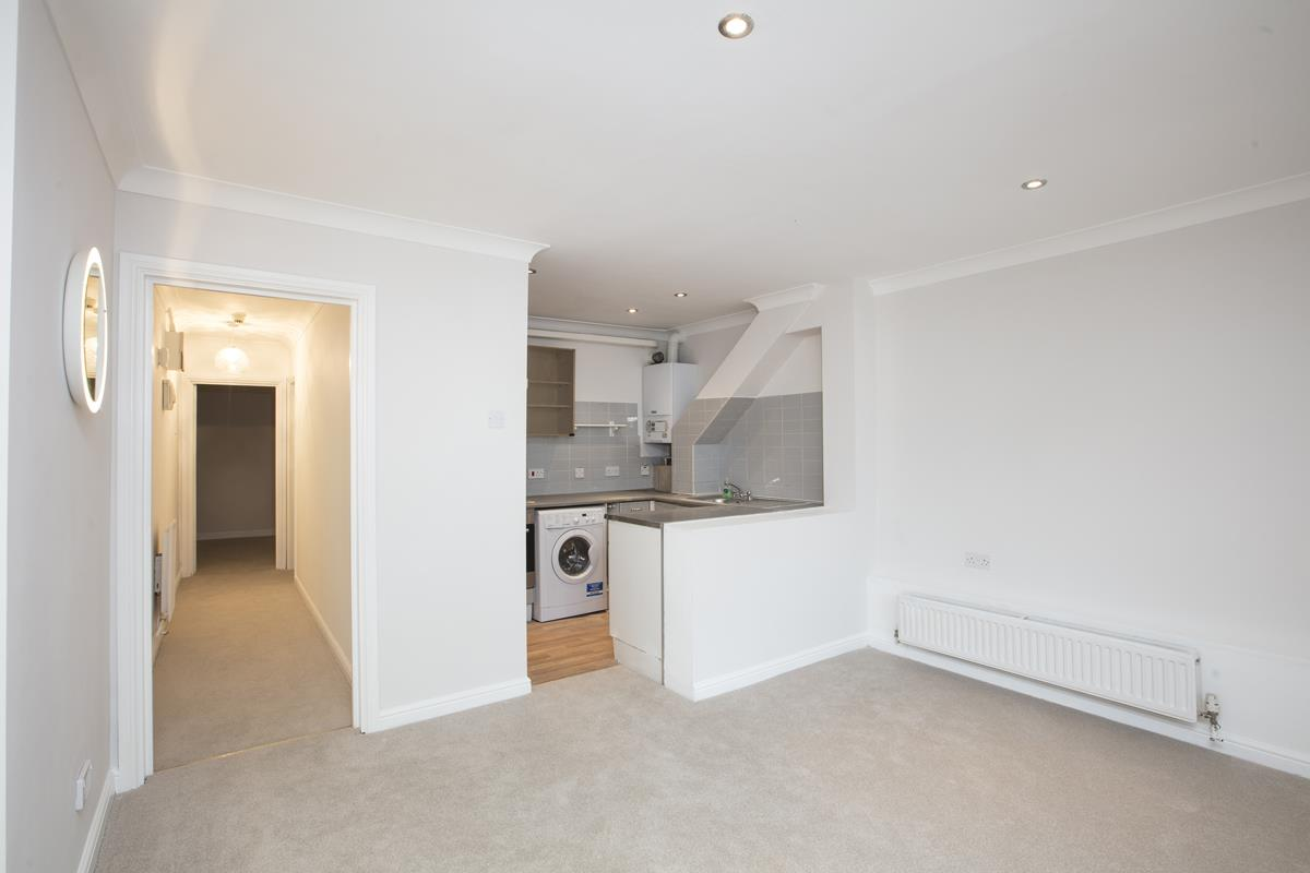 Flat - Conversion For Sale in Regal Row, SE15 363 view8