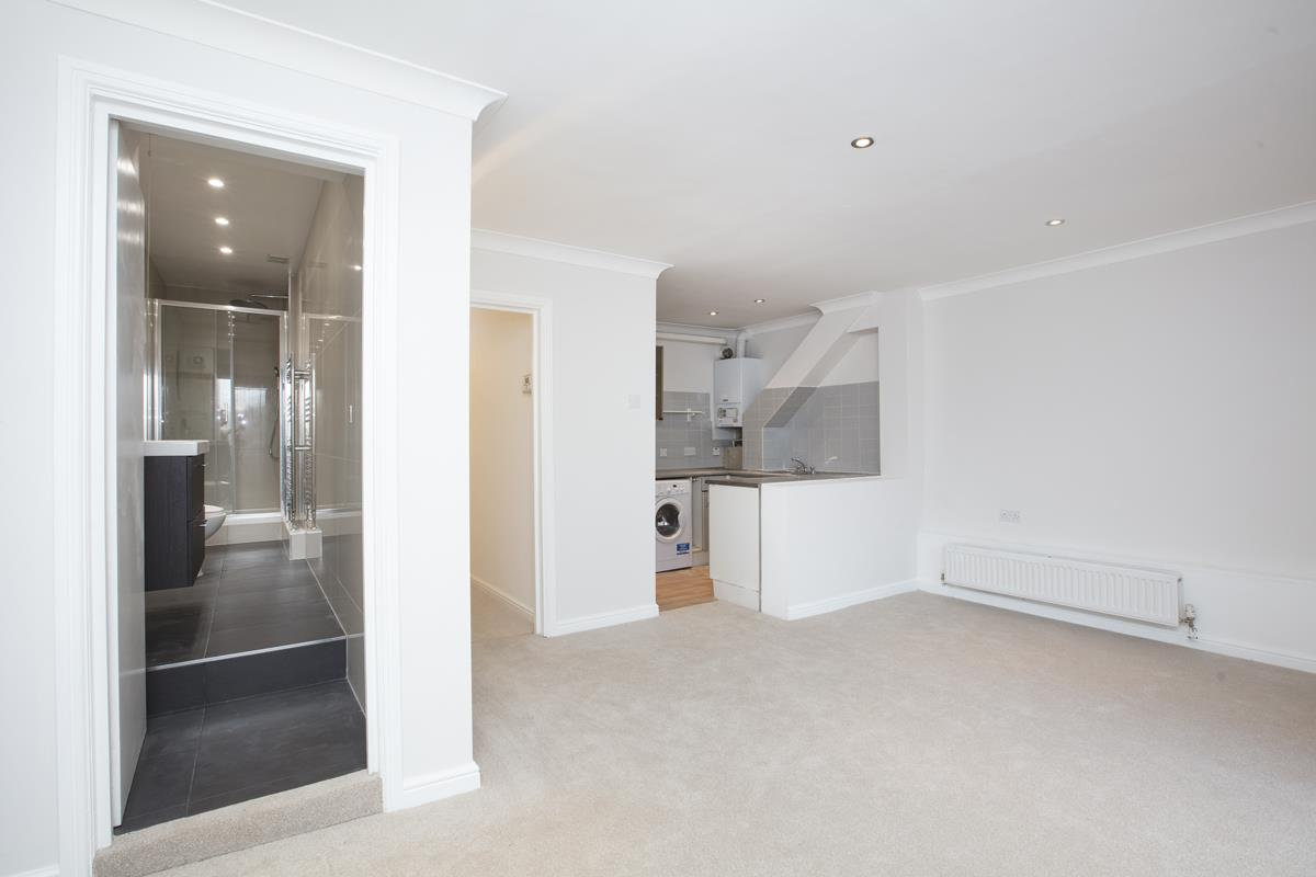 Flat - Conversion For Sale in Regal Row, SE15 363 view1