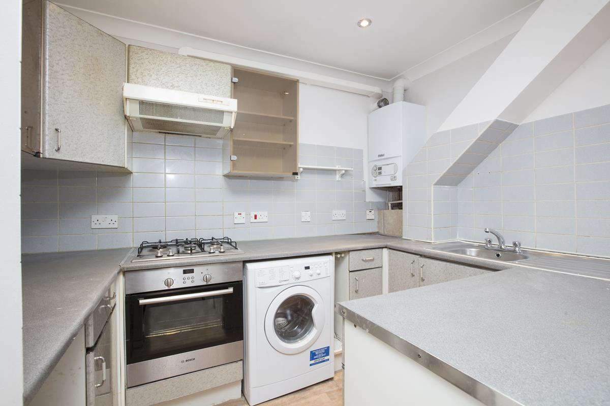 Flat - Conversion For Sale in Regal Row, SE15 363 view3