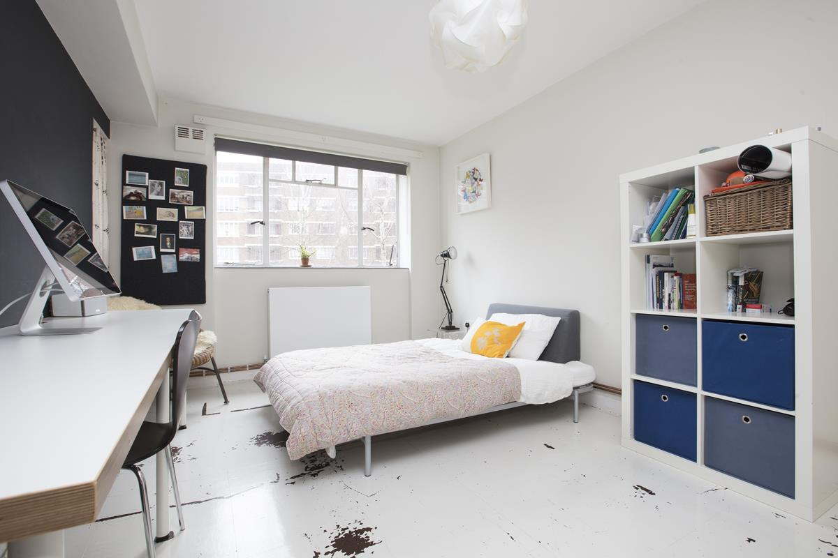 Flat - Purpose Built Sold in Ruskin Park House, Champion Hill, SE5 276 view9