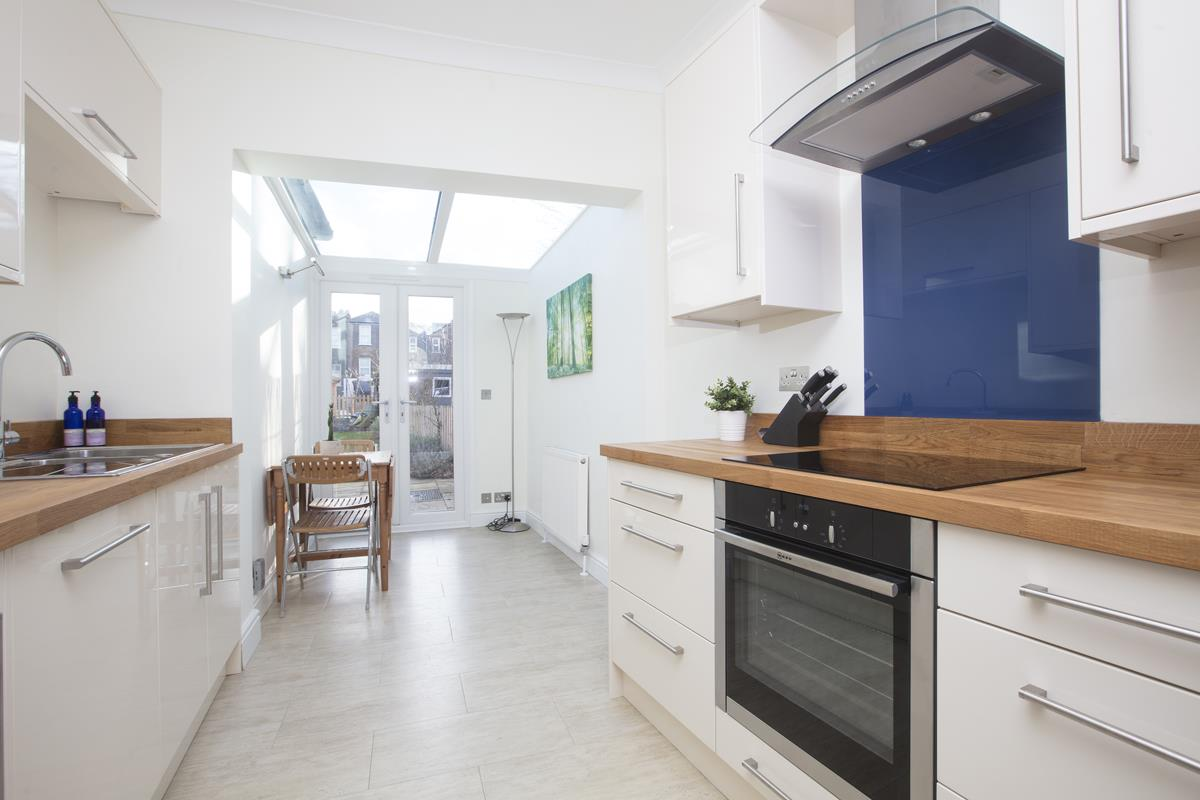 House - Terraced Sold in Scylla Road, SE15 249 view3