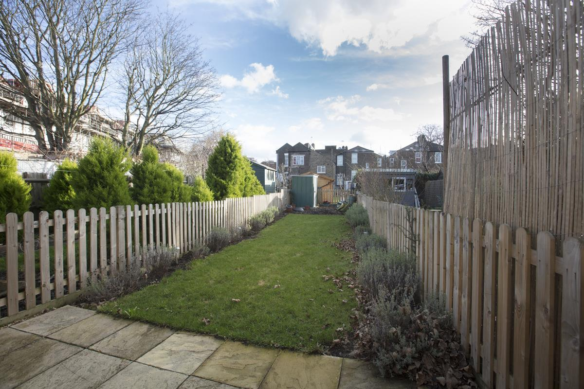 House - Terraced Sold in Scylla Road, SE15 249 view11