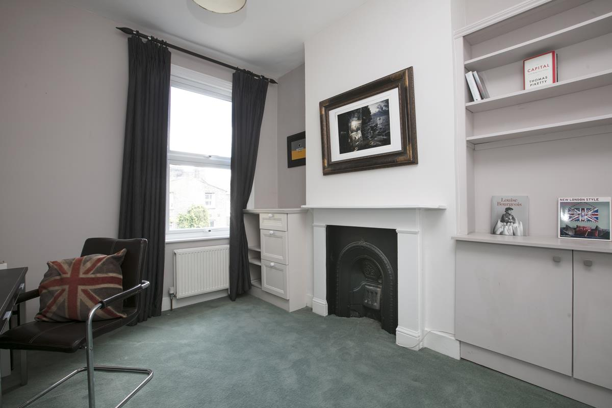 House - Terraced Sale Agreed in Shenley Road, SE5 254 view14
