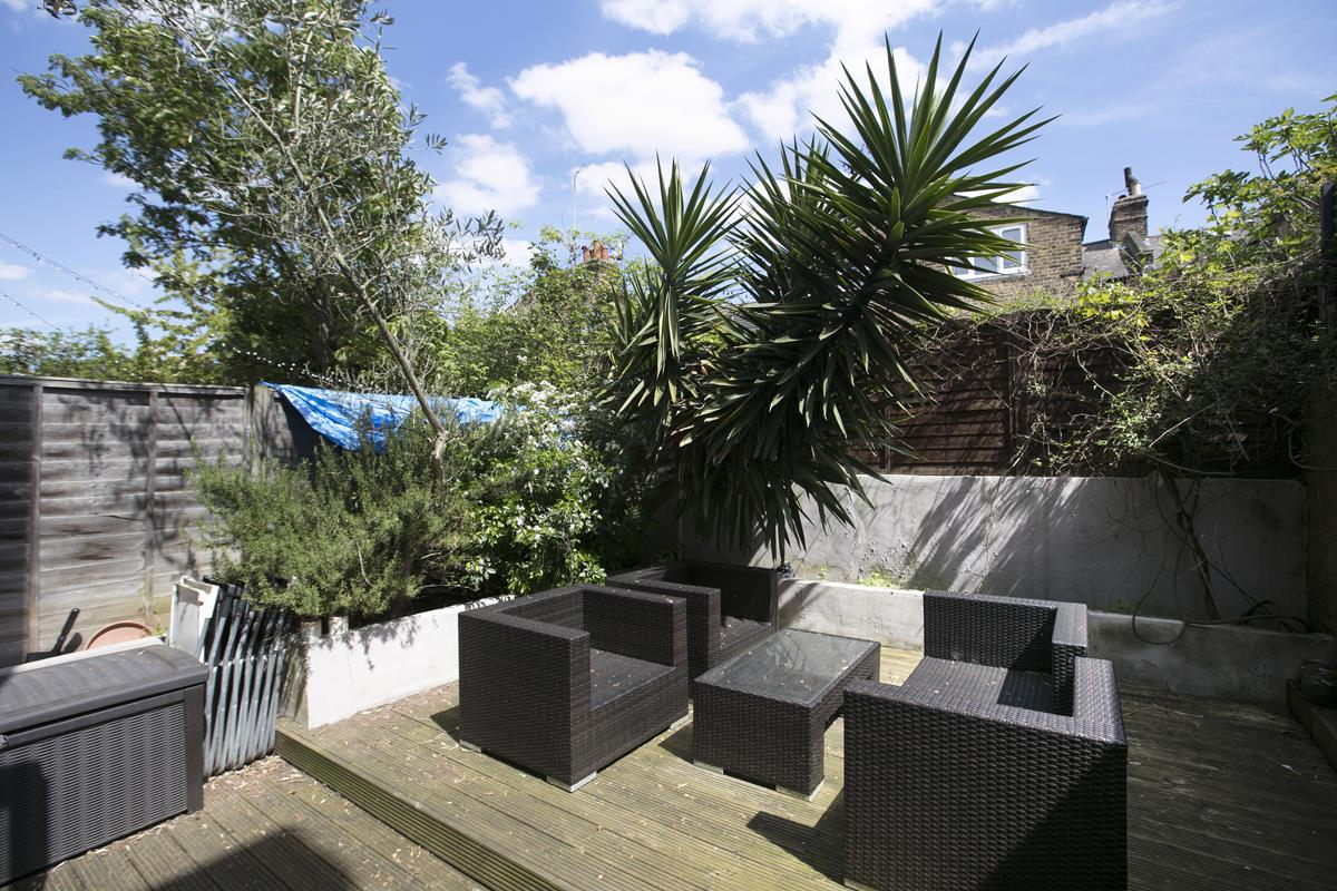 House - Terraced Sale Agreed in Shenley Road, SE5 254 view5
