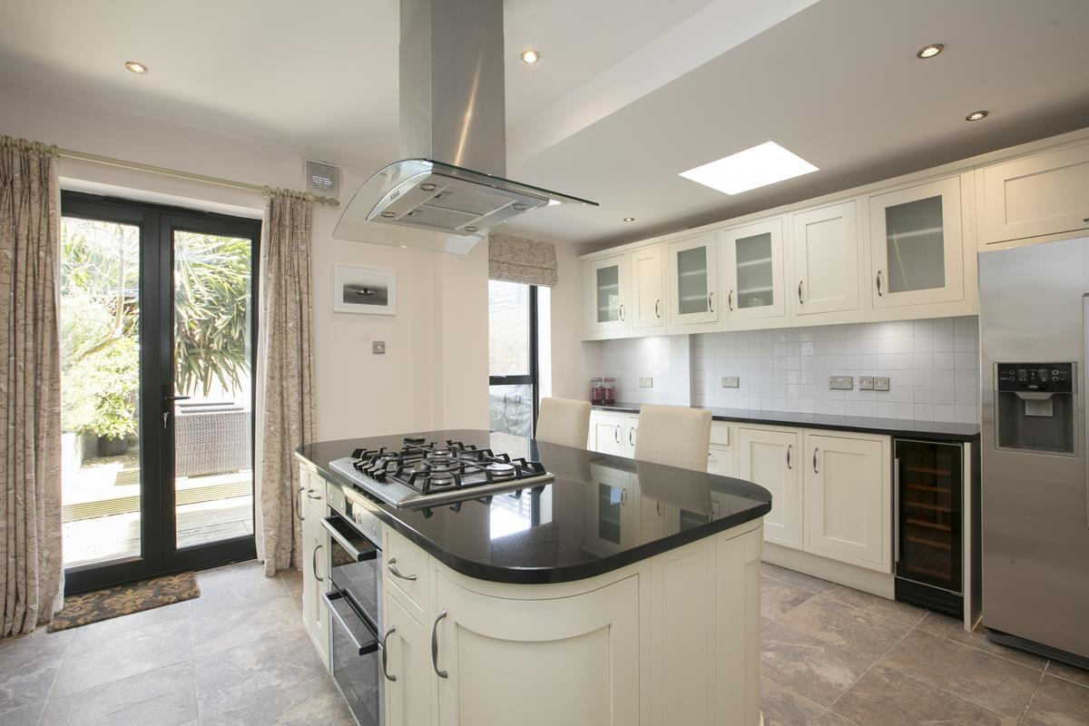 House - Terraced Sale Agreed in Shenley Road, SE5 254 view4