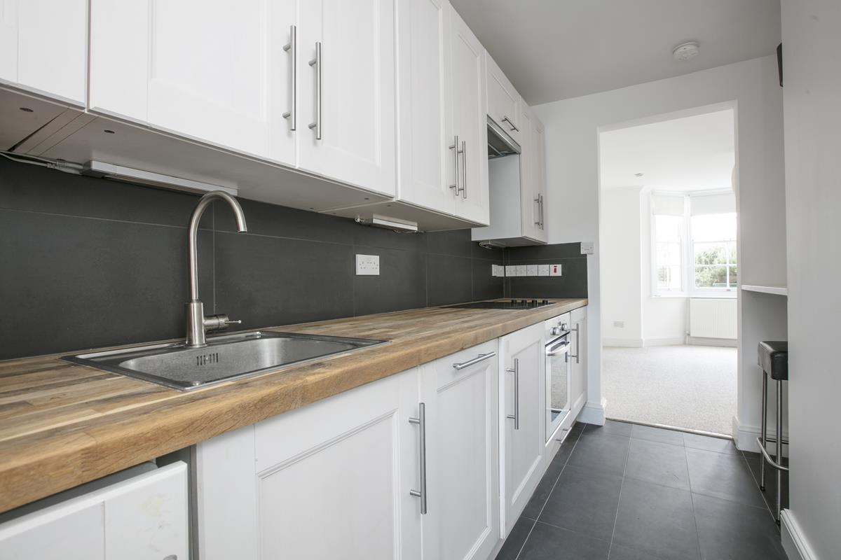 Flat/Apartment For Sale in St. Giles Road, SE5 227 view4