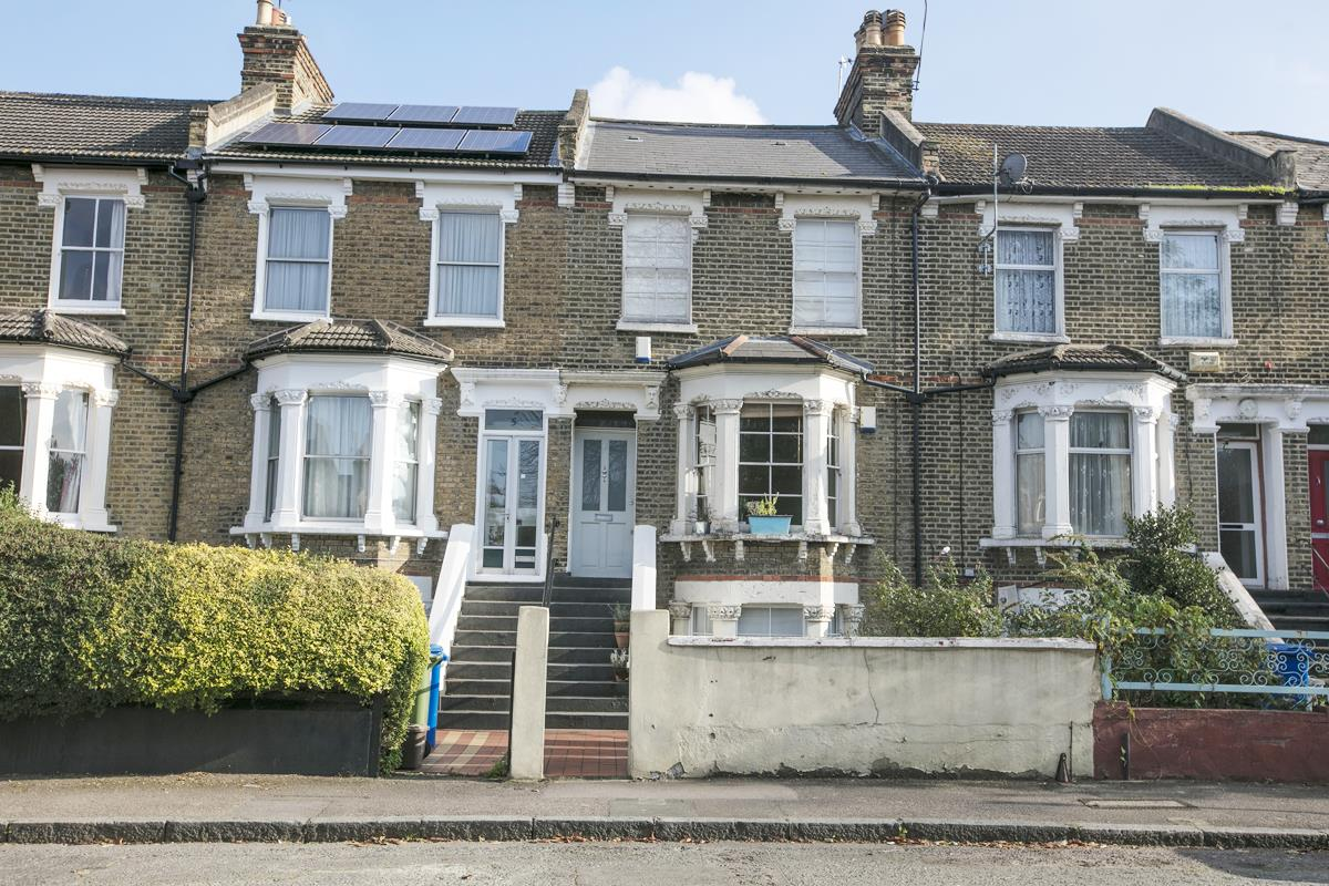 Flat/Apartment For Sale in St. Giles Road, SE5 227 view3