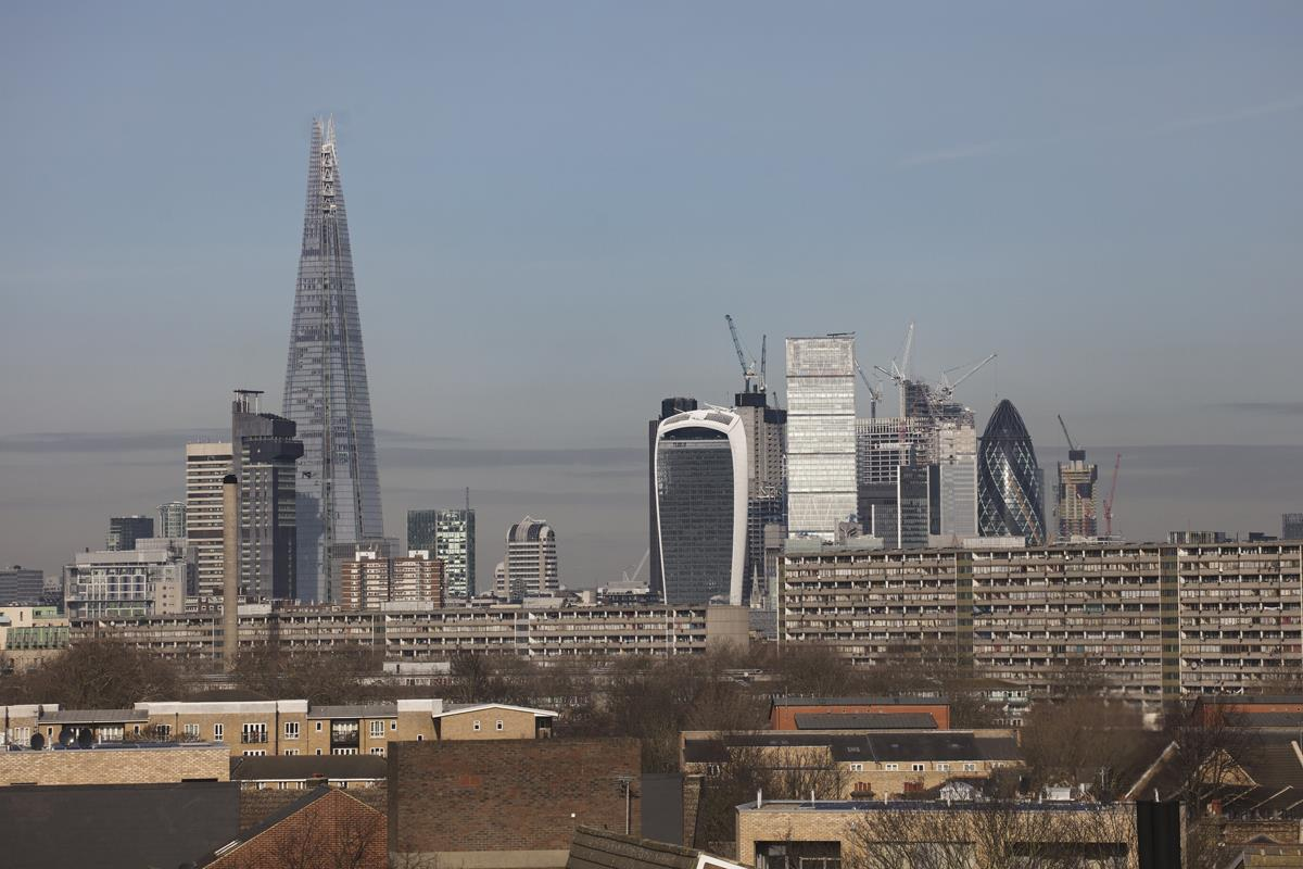 Flat - Conversion For Sale in St Giles Tower, Gables Close, SE5 261 view6