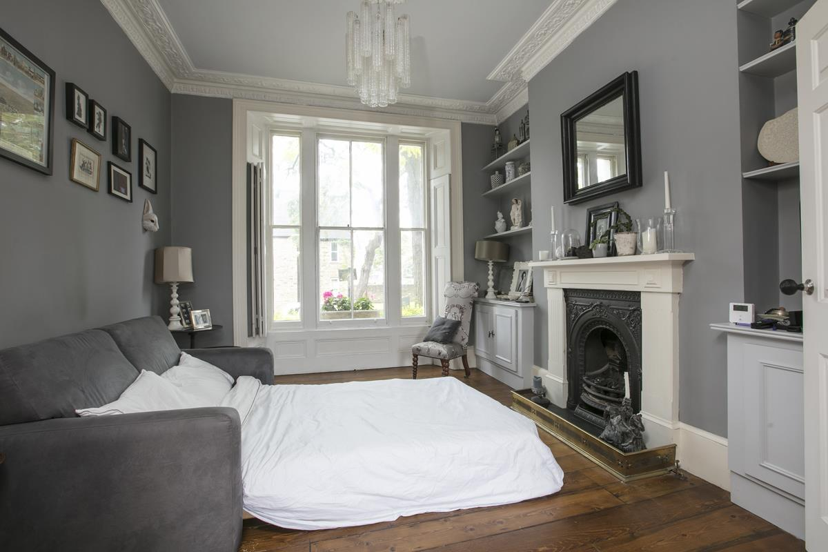 Flat/Apartment Sale Agreed in Thorne Road, SW8 300 view10