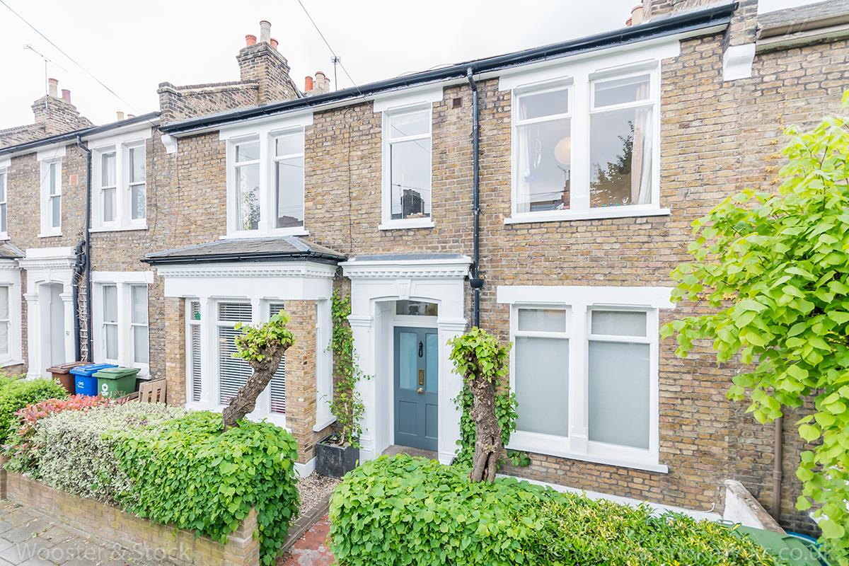 House - Terraced Sold in Tresco Road, SE15 225 view1