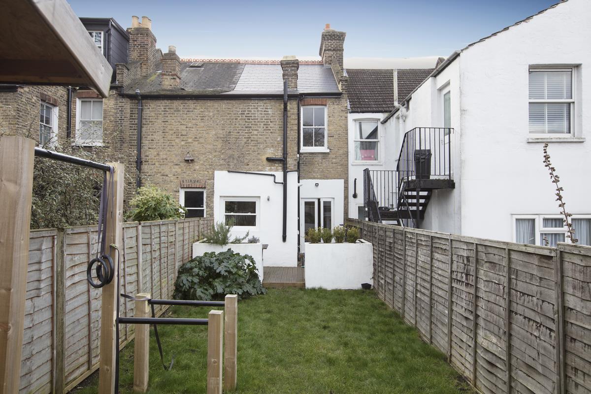 House - Terraced Sold in Waveney Avenue, SE15 263 view13