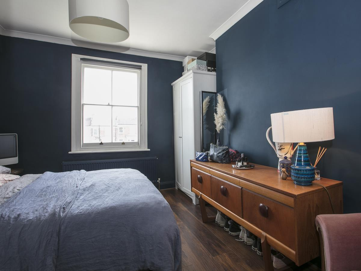 Flat - Conversion Sold in Wilson Road, SE5 323 view4