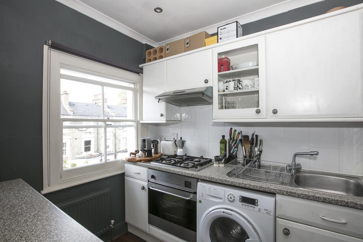 Flat - Conversion Sold in Wilson Road, SE5 323 view5