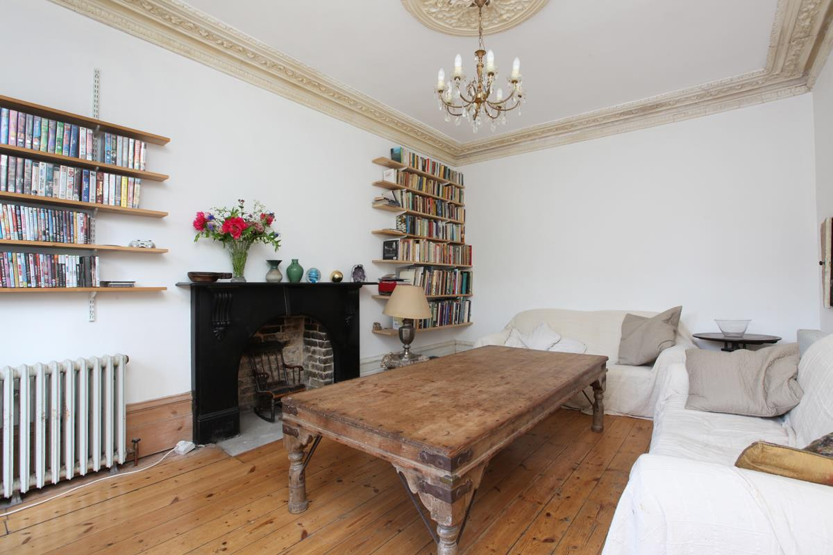 House - Semi-Detached Sold in Wood Vale, London SE23 53 view6